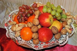 fruits and nuts to avoid starving during fasting